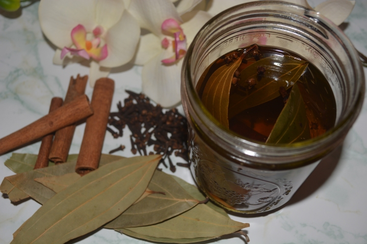 Food & Drink| Cinnamon-Bay Leaf & Clove Tea
