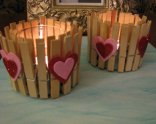 valentines-day-decor-ideas-home-candle-holders-clothespins-felt-hearts